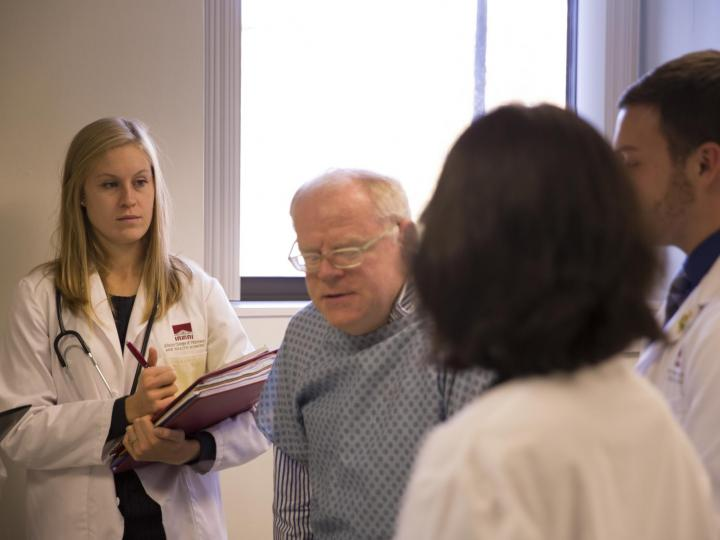 ACPHS Pre-Med Students with Patient